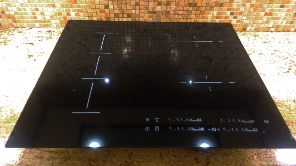 Варочная панель,независимая,520х590,Electrolux induction после замены.